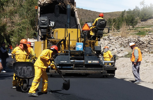 Mejoran_carretera_canete_lunahuana